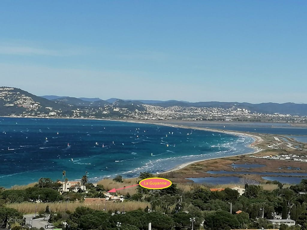 """Almanarre beach and Gîtes """"La Guyanne"""" - View from the village of Giens"""